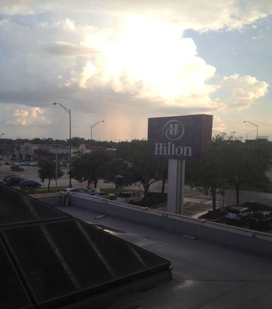 Hilton College Station & Conference Center: Beautiful sky--like heaven-nice views