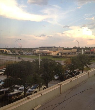 Hilton College Station & Conference Center: Nice view of area