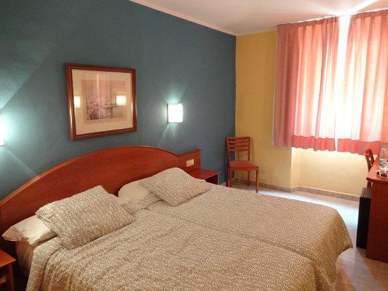 Hotel Cortes: стандартный номер