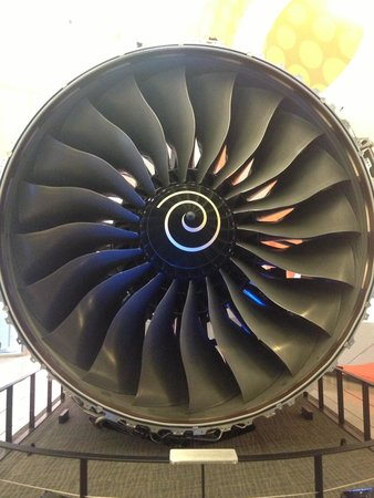 Future of Flight Aviation Center & Boeing Tour : Engine