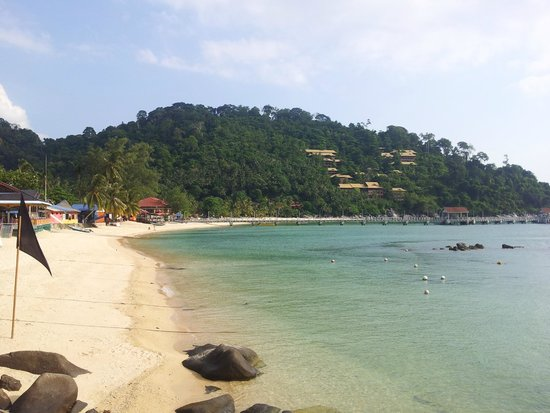 Salang Indah Resort: Salang beach