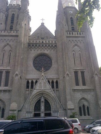 Jakarta Cathedral: Church exterior