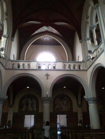 Jakarta Cathedral: interior