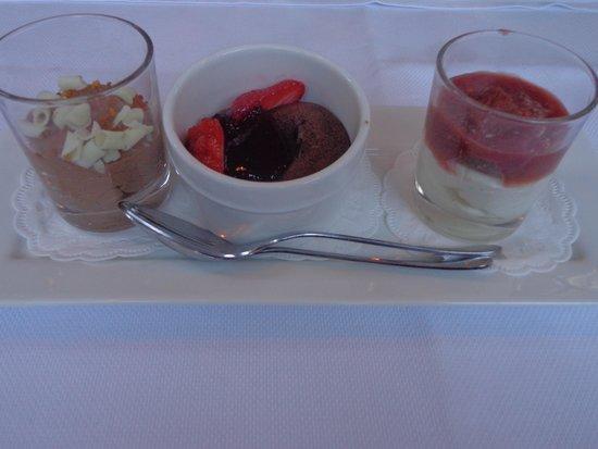 Amsterdam Jewel Cruises - Dinner Cruise: Dessert