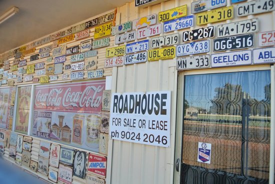 Menzies Visitor Centre: Road House