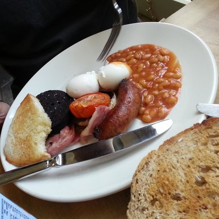 The Porch House: Full English breakfast
