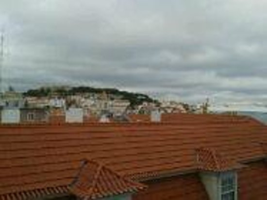 Lisboa Carmo Hotel: View from room of castle
