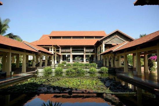 Pandanus Resort: отель