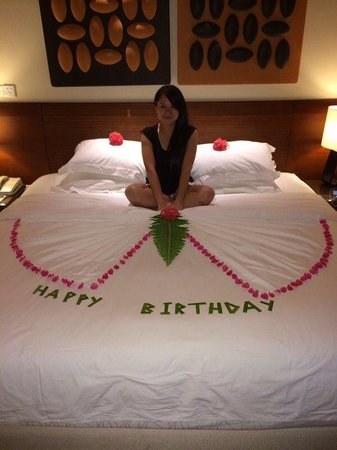 Kurumba Maldives : Birthday surprise