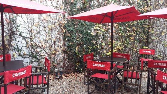 La Tiberina Restaurant : Jardin interno
