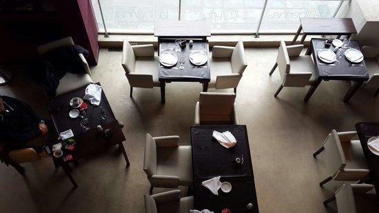 La Tiberina Restaurant : Vista desde el salon de arriba
