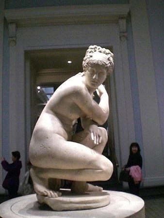 British Museum: Statue of Venus