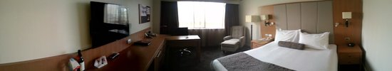 Stamford Plaza Adelaide: Large refurbished premier room