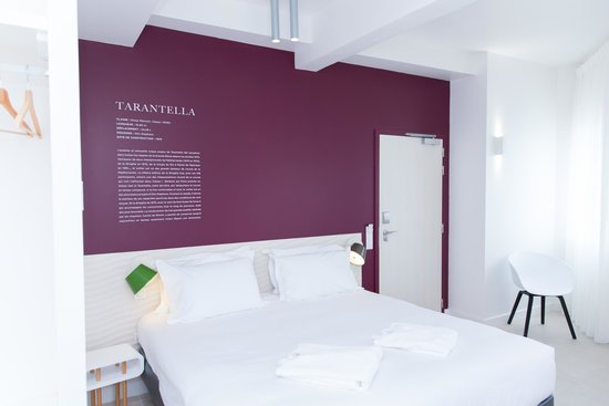 chambre c t ville photo de hotel les voiles toulon tripadvisor. Black Bedroom Furniture Sets. Home Design Ideas