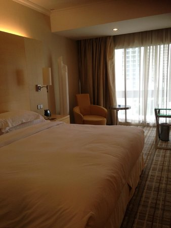 Hilton Singapore: Bed
