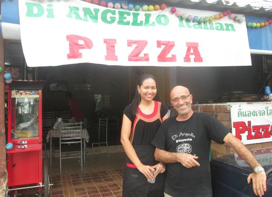 Di Angello Pizzeria: Pook and Gil - owners and chefs