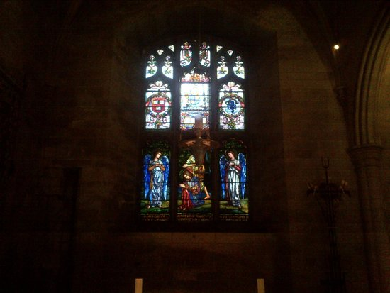 Southwark Cathedral: beautiful stained glass