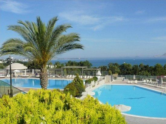 Kipriotis Panorama Hotel & Suites: Piscine