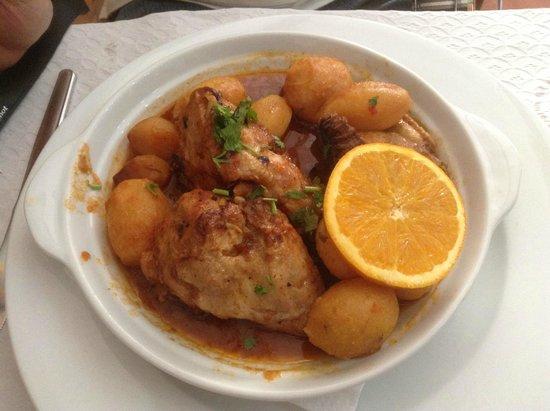 Comidas de Santiago: roast chicken with potato