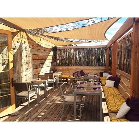 Spoons Bistro: back deck paradise