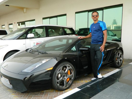 Premier Inn Dubai Silicon Oasis Hotel: Lamboghini in hotel