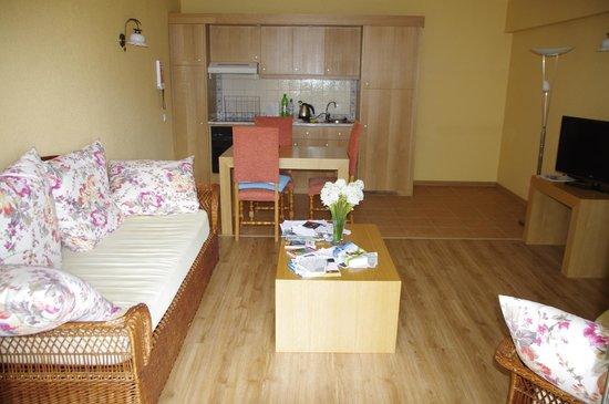 Quinta Splendida : Wohn-/Esszimmer mit offener Küche