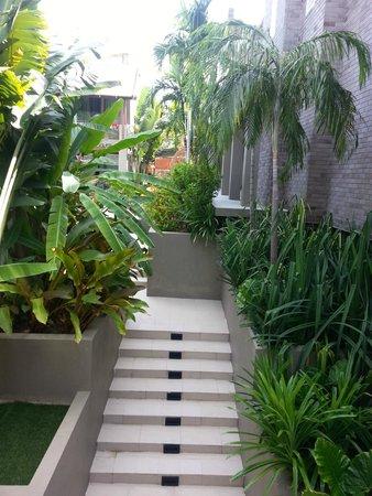 Avista Hideaway Phuket Patong, MGallery by Sofitel: Unbelievable Gardens