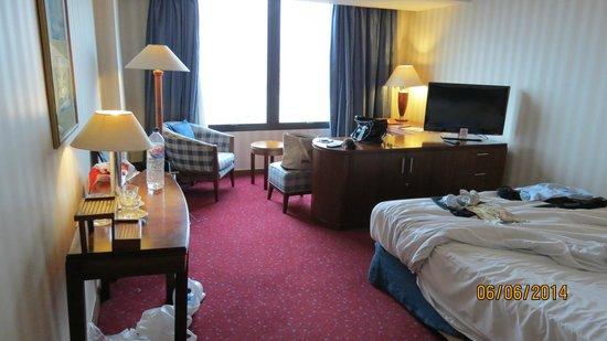 Redtop Hotel Jakarta: Room