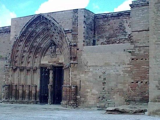 Castillo de Gardeny: Entrance