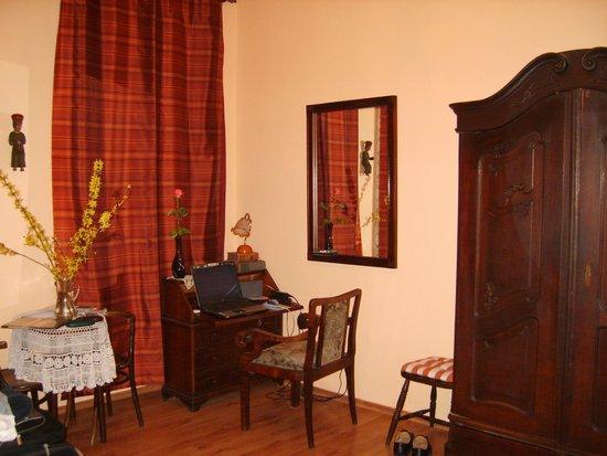 The Piano Guest House: La chambre