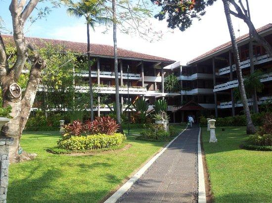 Melia Bali Indonesia : отель