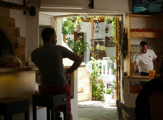 Cesar Meze Bar : Ресторан Caesar's