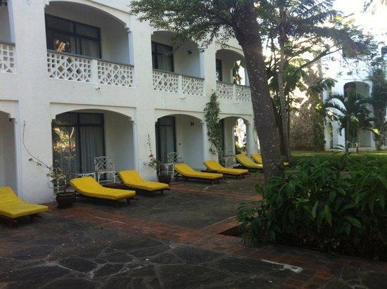 Sarova Whitesands Beach Resort & Spa: vista esterna camere