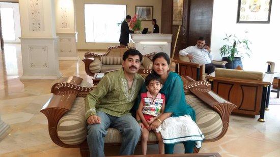Mansingh Palace, Agra: Hotel Lobby ....
