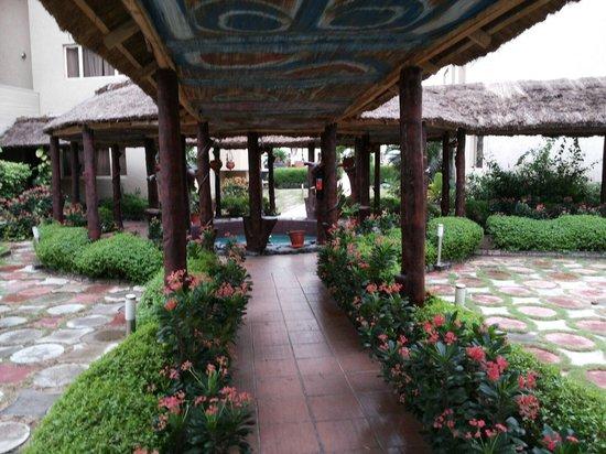 Hotel Bon Voyage: Hotel inside