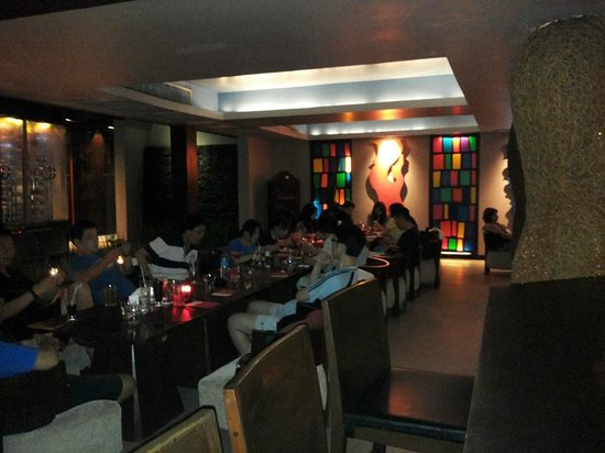 Red Snapper Restaurant & Bar: luci soffuse ambiente lounge fusion