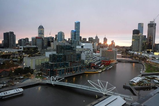 Hilton Melbourne South Wharf : View from the room (1306)