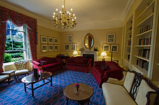 Macdonald Leeming House, Ullswater: One of the lounges