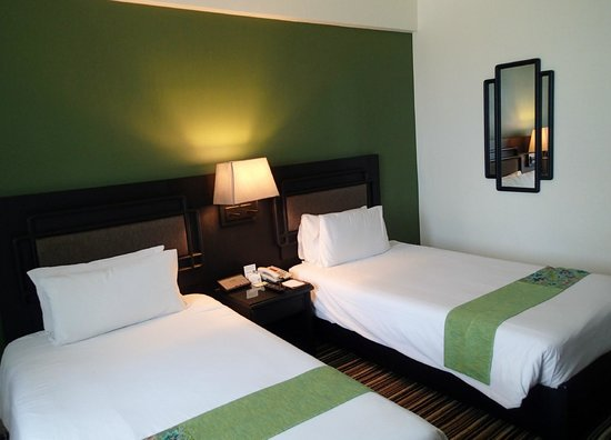 Centara Hotel Hat Yai: room 1406