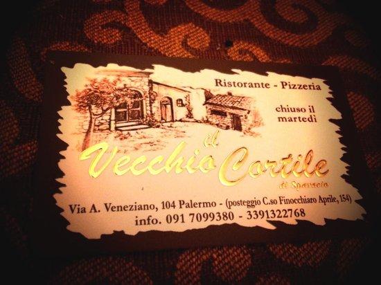 Il Vecchio Cortile: Biglietto da visita