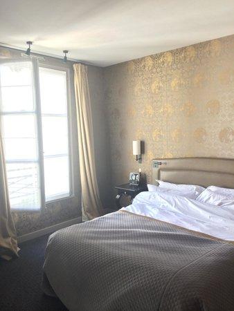 Le Pavillon de la Reine: Room 50 (3rd floor)
