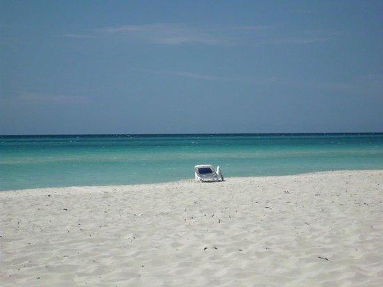 Blau Varadero Hotel Cuba: Varadero Beach is gorgeous.