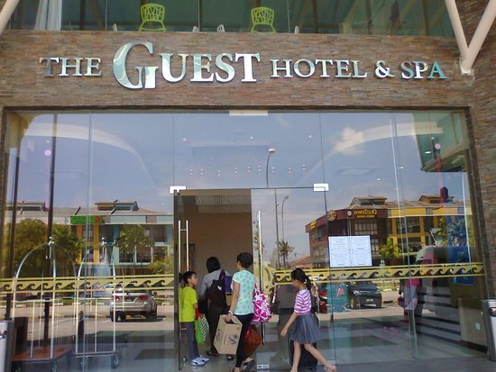 The Guest Hotel & Spa: Nice hotel in a small town