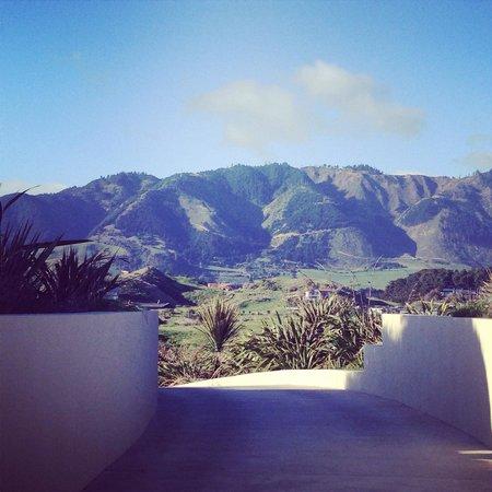 Atahuri : Mountain views