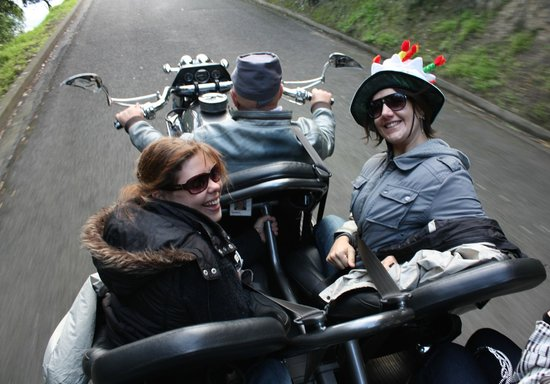 Supertrike Tours and Hire: Up Napier hill to Bluff lookout