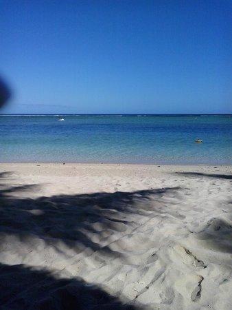 La Pirogue Resort & Spa: mare calmissimo