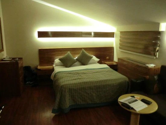 Hotel Buyuk Keban : Dormitorio Buyuk Keban