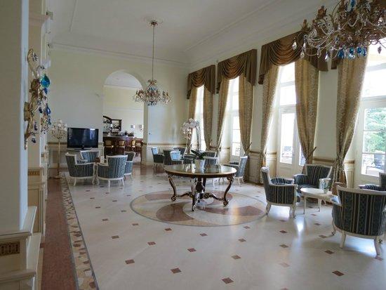 Hotel Kvarner Palace: Lobby