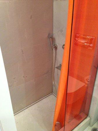 Fresh Hotel: Nice shower