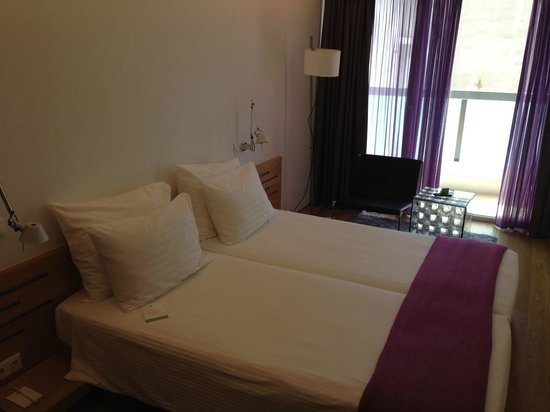 Fresh Hotel: Room